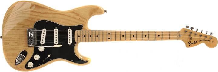 Gambar Gitar Fender Stratocaster